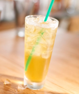 iced_peach_green_tea_lemonade